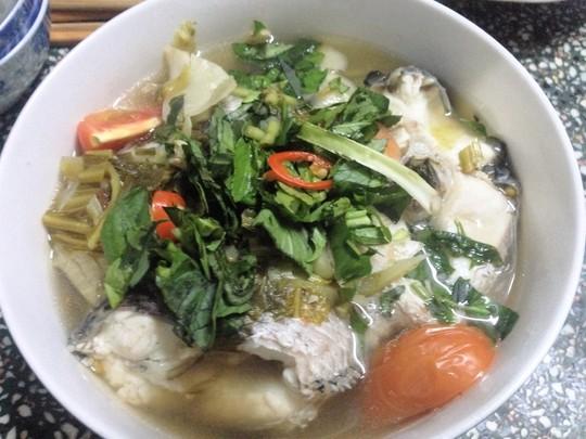 Cá lóc nấu với cải chua