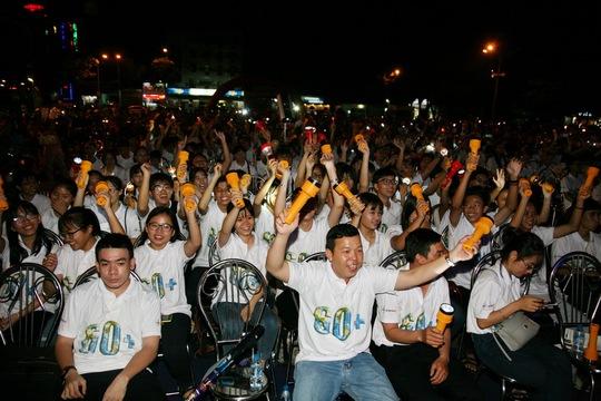 Hàng ngàn đoàn viên, thanh niên và người dân Long An tham gia hưởng ứng Giờ Trái đất 2017
