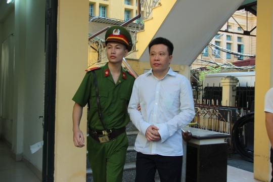 Đại án OceanBank: Luật sư cho rằng bà Phấn phải trả 500 tỉ đồng - Ảnh 1.
