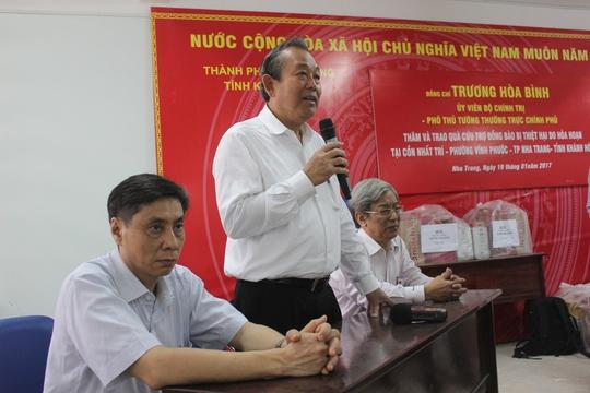 """Người dân bị hỏa hoạn ở TP Nha Trang phải """"có Tết"""""""