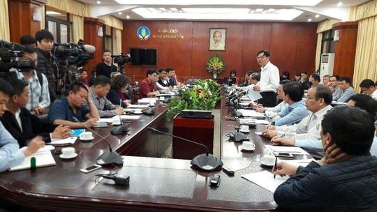 Bộ trưởng Bộ NN-PTNT Nguyễn Xuân Cường chủ trì cuộc họp khẩn để giải cứu ngành chăn nuôi heo