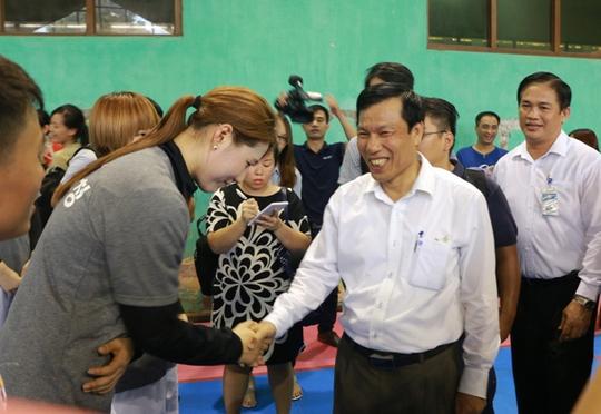 Bộ trưởng VH-TT-DL khích lệ VĐV dự SEA Games 29 - Ảnh 6.