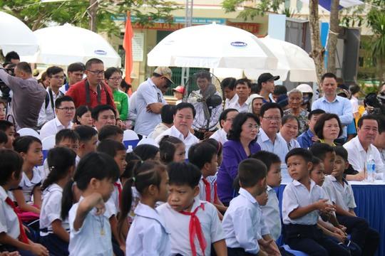 Hơn 46.000 ly sữa đến với trẻ em Quảng Nam - Ảnh 2.