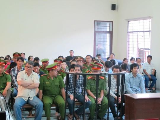 15 bị cáo bị truy tố tội Cố ý gây thương tích
