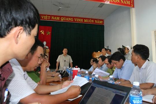 Phó chủ tịch tỉnh đi bộ 8 giờ kiểm tra hiện trường phá rừng - Ảnh 3.