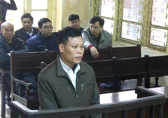 Nguyên kiểm sát viên Đặng Thế Vinh tại phiên toà - Ảnh: Đức Nguyễn