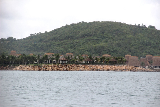 Cận cảnh hàng loạt dự án lấn biển xâu xé vịnh Nha Trang - Ảnh 19.