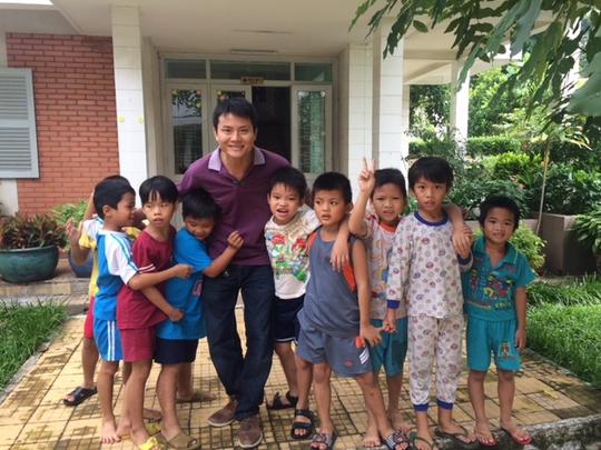 Gặp lại nhóm trẻ Tiên Phước 2 từng được Báo Người Lao Động giải cứu - Ảnh 1.