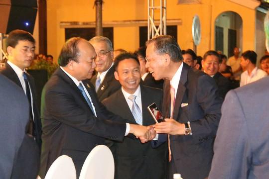 Thủ tướng hai nước dự Không gian Văn hóa hữu nghị Việt - Nhật - Ảnh 1.