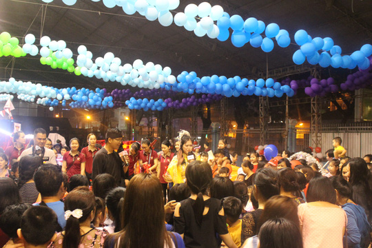 Saigon Academy chia sẻ yêu thương với trẻ em nghèo qua đêm hội trung thu - Ảnh 1.