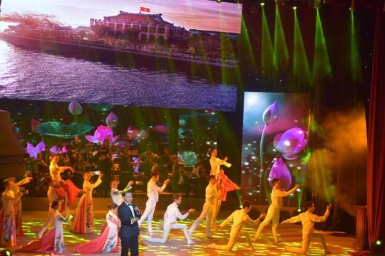 Rực rỡ đêm nghệ thuật Bài ca tháng mười Nga - Ảnh 8.