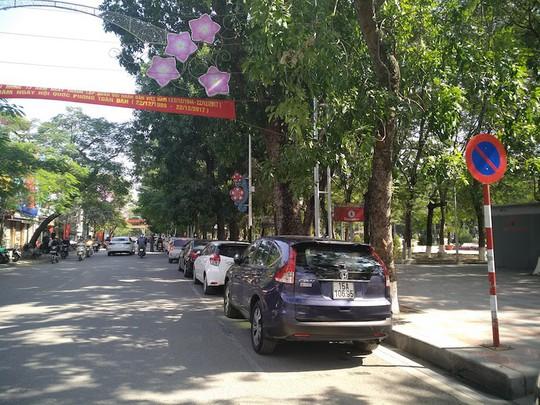Hải Phòng quyết cấm đỗ ô tô ở trung tâm thành phố - Ảnh 1.
