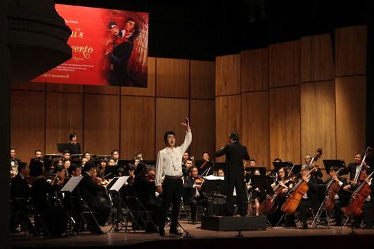Dàn sao Pháp, Hàn, Việt khiến khán giả vỗ rát tay - Ảnh 5.