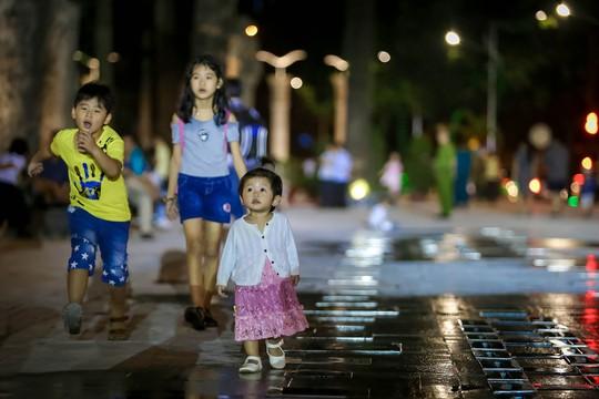 Mãn nhãn với quảng trường - nhạc nước  tại Công viên Văn Lang. - Ảnh 8.