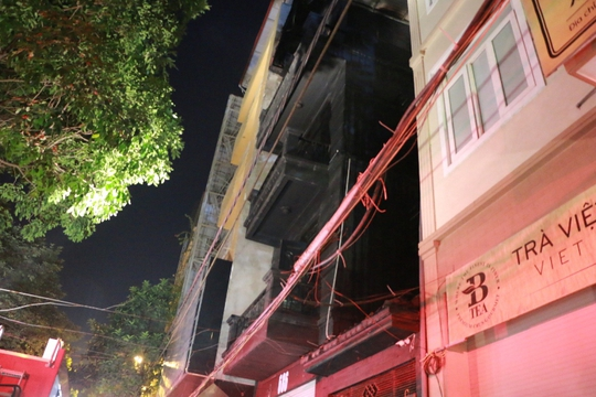 Kiểm tra hồ sơ quán karaoke 4 tầng bị cháy - Ảnh 6.