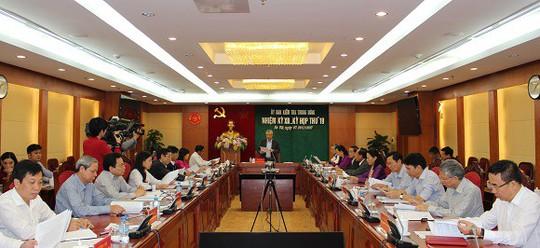 Kỷ luật cảnh cáo Phó Tư lệnh Quân khu 1 và nguyên Chủ tịch tỉnh Gia Lai - Ảnh 1.