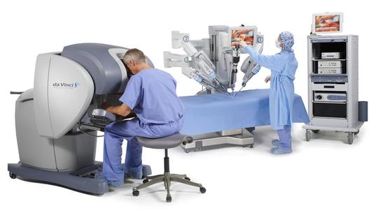 Bệnh viện Chợ Rẫy triển khai robot điều trị ung thư - Ảnh 1.