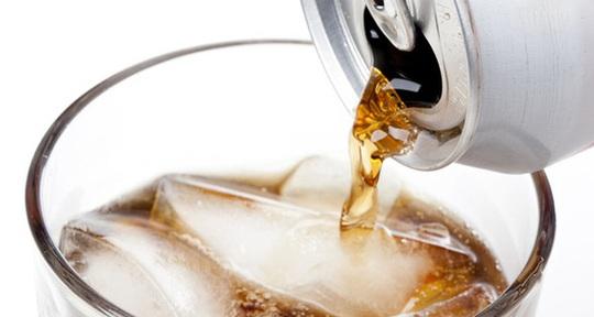 Chuyên gia cảnh báo nguy cơ chết vì đột quỵ nếu uống loại đồ uống này - Ảnh 1.