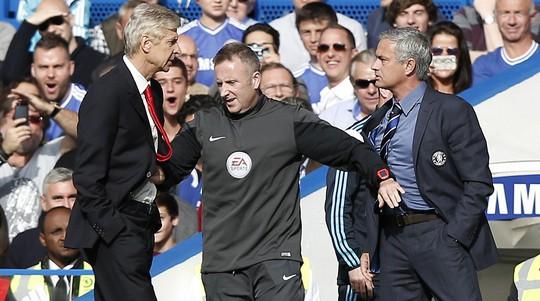 Wenger mong Mourinho không chơi phòng ngự tiêu cực - Ảnh 2.