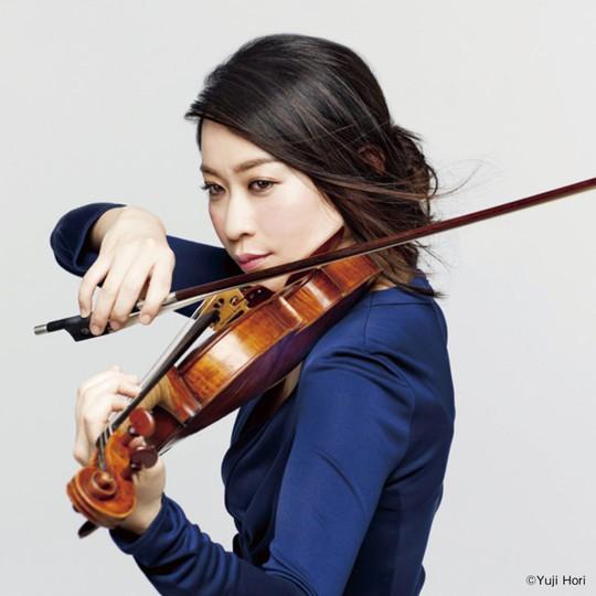 Bông hồng violin Kawakubo Tamaki tái ngộ khán giả Việt Nam - Ảnh 1.