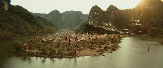 Làng thổ dân được xây dựng ở Ninh Bình
