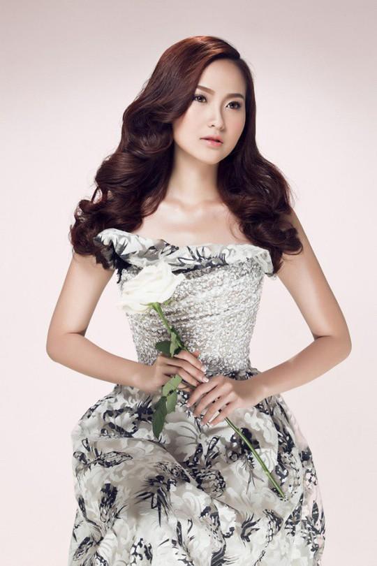 Hoa hậu Hoàn cầu Khánh Ngân tặng 200 triệu cho đồng bào Phú Yên - Ảnh 4.