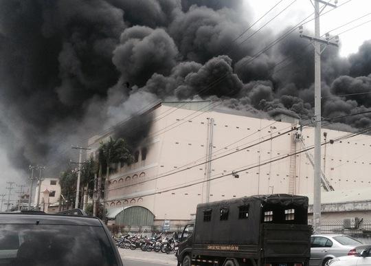 Đám cháy bùng phát vào ngày 23-3 tại công ty may.