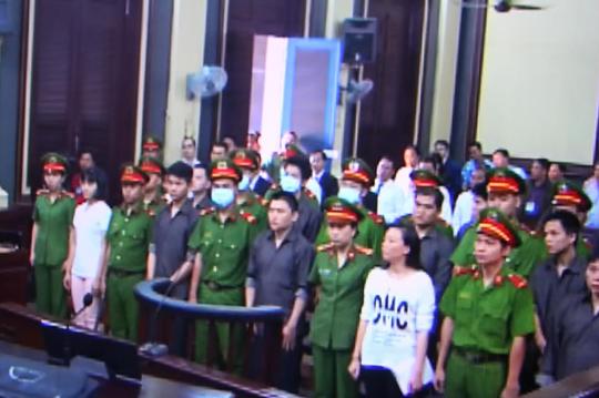 Kẻ cầm đầu khủng bố sân bay Tân Sơn Nhất lãnh 16 năm tù - Ảnh 1.