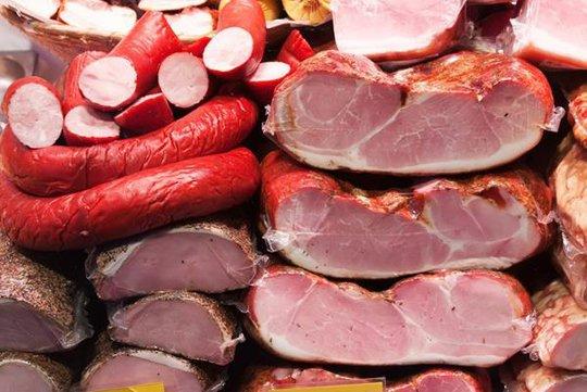 Những loại thực phẩm người bị huyết áp cao cần tránh xa