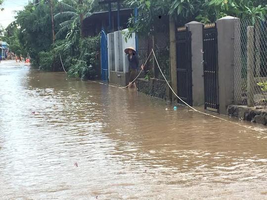 Phú Yên: Lũ lên nhanh, 1 người mất tích - Ảnh 3.