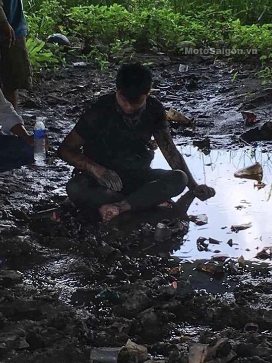 Anh Khoa lao xuống sông nhưng vẫn bị bỏng nặng