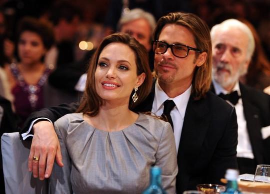Angelina Jolie và Brad Pitt gương vỡ lại lành? - Ảnh 2.