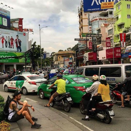Lee Nguyễn về Việt Nam: Du lịch hay trở lại V-League? - Ảnh 2.