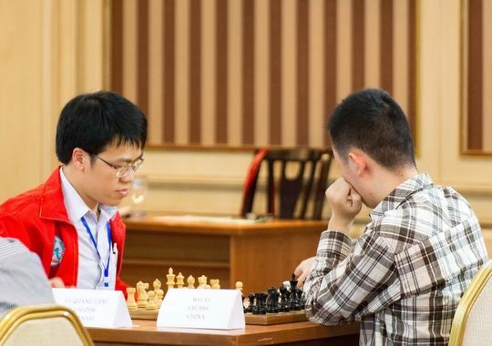 Sau 1 năm vắng mặt, Lê Quang Liêm (trái) sẽ gặp nhiều thách thức ở HDBank Cup 2017, đặc biệt từ bộ đôi siêu ĐKT người Trung Quốc Ảnh: Minh Châu