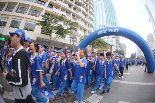 Tưng bừng ngày hội ủng hộ SEA Games 29 - Ảnh 8.