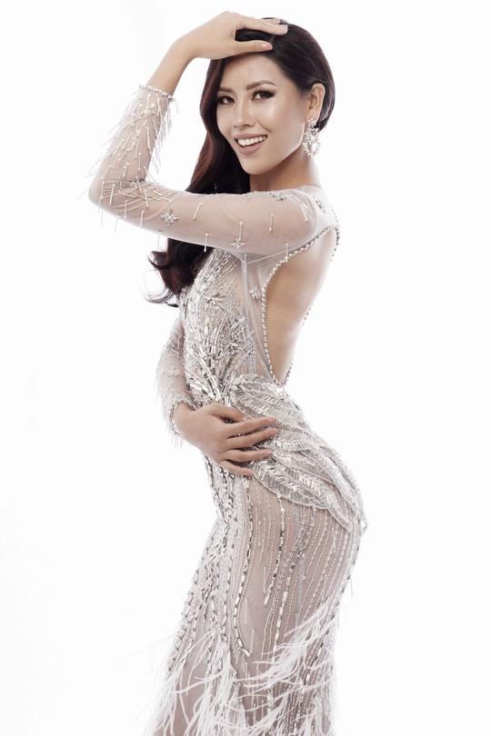 Trang phục khoe đường cong của Nguyễn Thị Loan tại Hoa hậu Hoàn vũ 2017 - Ảnh 6.