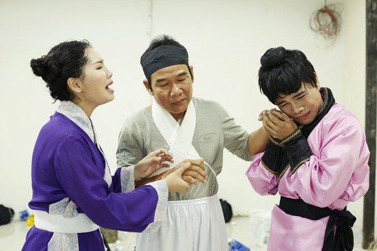 Sau lùm xùm với bầu sô, Lưu Chí Vỹ bất ngờ xuất hiện hỗ trợ Châu Ngọc Tiên tại Sao nối ngôi - Ảnh 5.