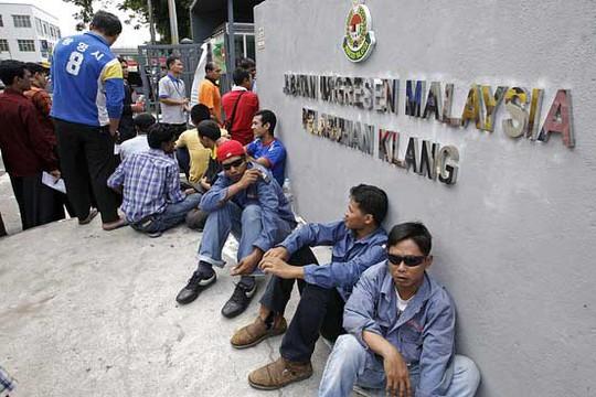Ở Malaysia hiện có khoảng 2,1 triệu lao động nước ngoài có đăng ký Ảnh: EPA