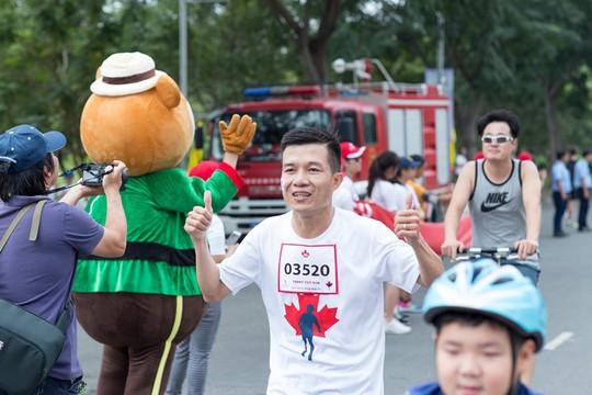Manulife Việt Nam đóng góp gần 200 triệu đồng cho Quỹ Terry Fox - Ảnh 1.