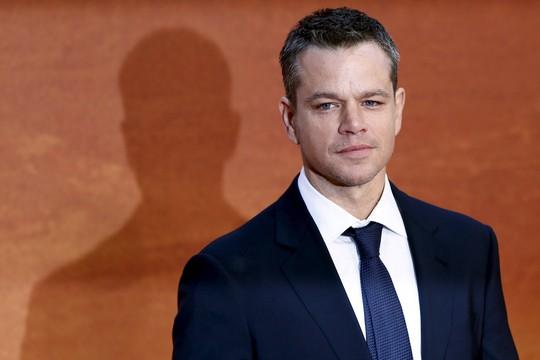 Ngôi sao Matt Damon tiếp tục bị ném đá - Ảnh 1.