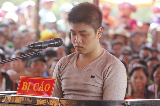 Bị cáo Châu Minh Nhân tại phiên xử lưu động