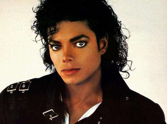 Michael Jackson vẫn kiếm tiền khủng dù đã qua đời - Ảnh 2.
