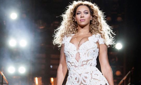 Beyonce kiếm tiền nhiều nhất làng nhạc 2017 - Ảnh 1.