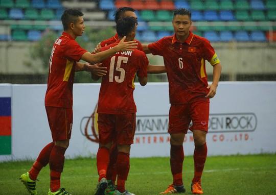 U18 của HLV Hoàng Anh Tuấn đại thắng ngày ra quân - Ảnh 1.
