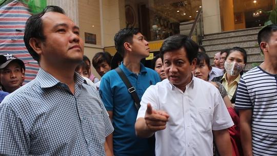 Ông Hải phê bình chủ tịch UBND phường Bến Thành.