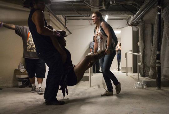 Vụ thảm sát Las Vegas: Bí ẩn kẻ xả súng da trắng và bạn gái gốc Á - Ảnh 5.