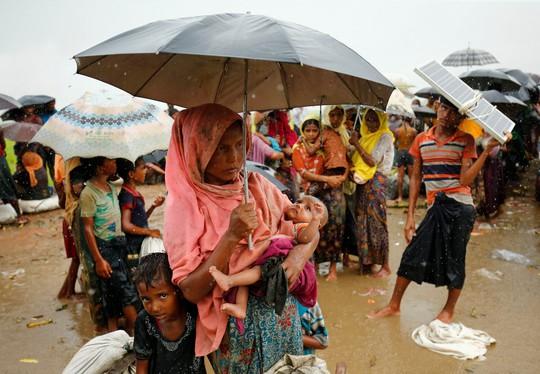 Myanmar: Đụng độ đẫm máu, gần 400 người chết - Ảnh 1.