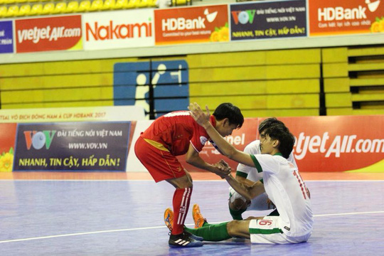 Futsal Myanmar gây sốc khi loại Indonesia - Ảnh 2.