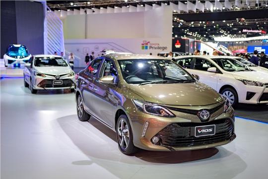 Toyota Vios 2017 nâng cấp ra mắt, giá từ 390 triệu đồng