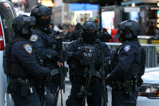 Siết chặt an ninh toàn cầu - Ảnh 1.